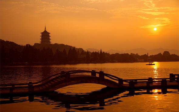 pagode leifeng hangzhou lac de l'ouest